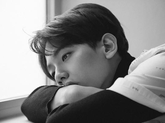 Baekhyun Melamun di Teaser Foto Comeback 'EXODUS'