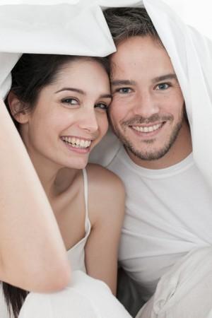 Seberapa Sering Pasangan Harus Bercinta Agar Cepat Hamil?