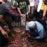 Banjir Air Mata di Pemakaman Olga Syahputra