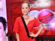 BCL Cantik Merah Menyala