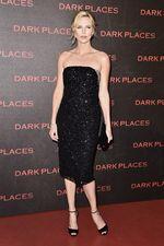 Charlize Theron Elegan di Usia 39 Tahun