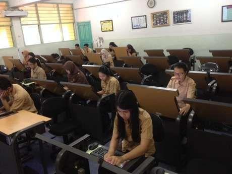 Ini Daftar 30 Sekolah di DKI yang Melaksanakan UN Berbasis Komputer