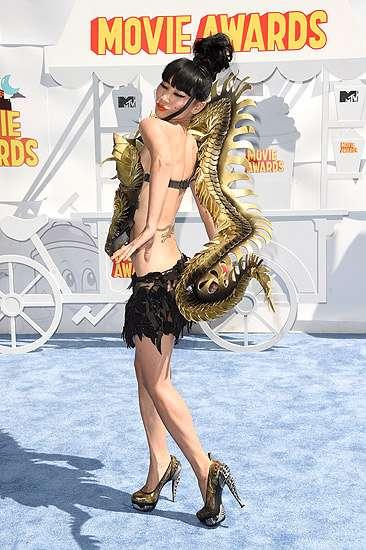 Bai Ling Jadi Naga Seksi di MTV Movie Awards 2015, Ini Fotonya!