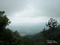 Pemandangan Bandung Barat dari sisi jalan