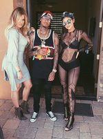 Superseksi! Kylie Jenner Kenakan Bodysuit Transparan di Coachella