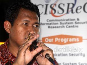 Ketua CISSReC Bicara Sistem Keamanan Transaksi Perbankan