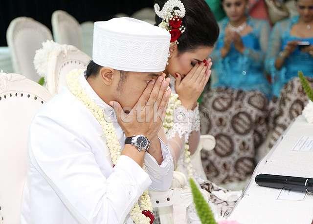 Selamat! Hengky Kurniawan dan Sonya Fatmala Resmi Menikah