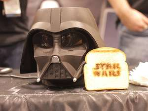 Saat Karakter Disney Memakai Kostum Star Wars