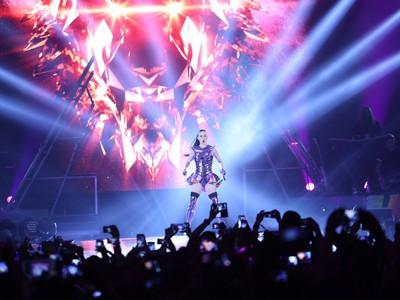 Konser Futuristik yang Meriah dari Katy Perry untuk Jakarta