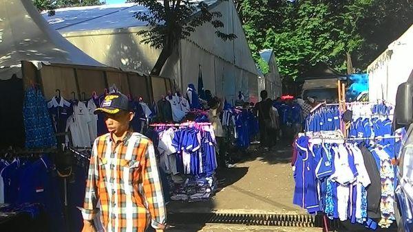 Buka Lapak di Arena Kongres PD, Penjual Akik Raup Puluhan Juta Rupiah