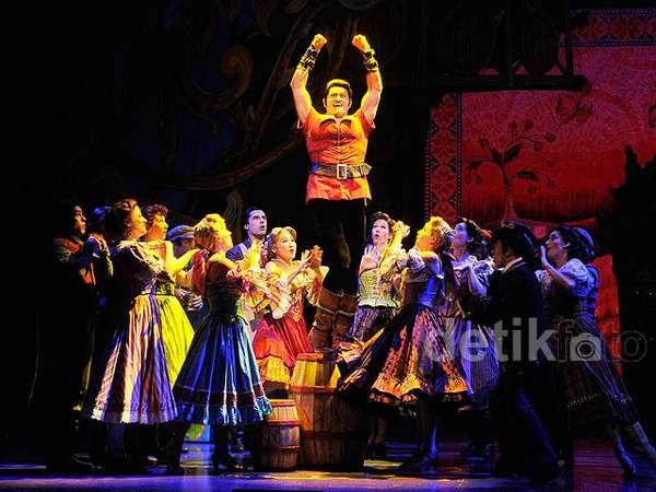 Mengintip Cuplikan Broadway 'Beauty and The Beast'