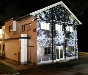Menikmati Seni Pada Malam Hari di Gillman Barracks, Singapura