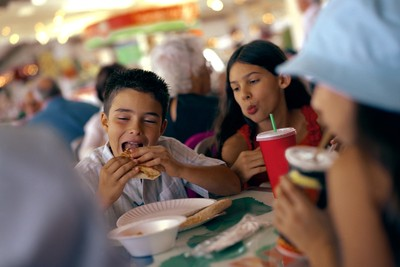 Makan di Jerman, Bereskan Sendiri Bekas Makan Ya!