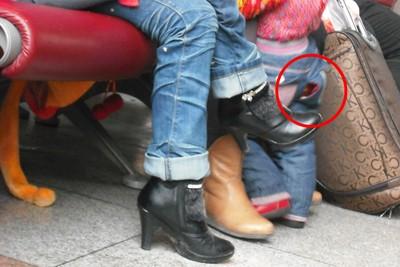 Bingung di Tiongkok, Banyak Anak Bercelana Bolong di Bokong