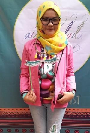 Aisyah Laila, Make-up Artist 13 Tahun Ini Rilis Bulu Mata Palsu