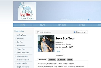 Bus Wisata di Berlin, Pemandunya Cewek Seksi