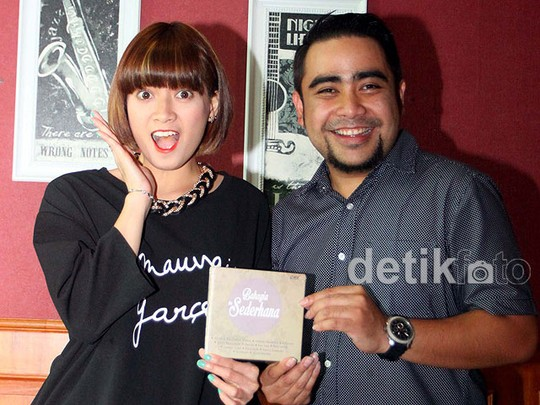 Abdul and The Coffee Theory Gandeng Chika Jessica