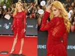 Hitam Putih Bella Thorne di Red Carpet