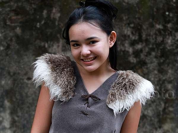 Amanda Manopo, Artis Imut Berdarah Manado-Spanyol