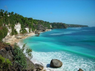 Pantai Sisi, Inikah Surga yang Jatuh di Natuna?