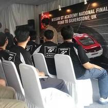 Beraksi di Mobil Sungguhan, Finalis Nissan GTA: Seru!