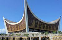 masjid raya sumatera barat megah dan tahan gempa rh travel detik com