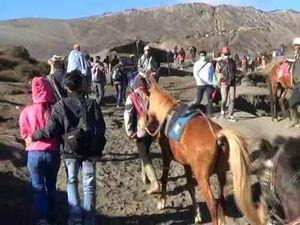 Liburan Lebaran,Pengunjung Gunung Bromo Naik Mencapai 100%
