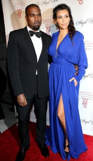 Kim Kardashian Menangis Lihat Kanye West Pandangi Foto Mantan Kekasih