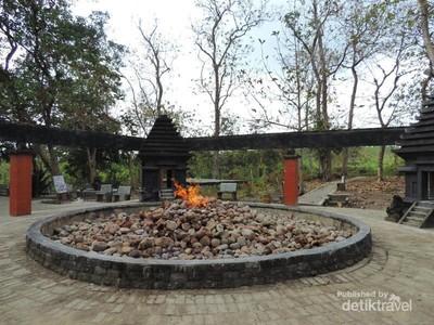 Misteri Api yang Tak Pernah Padam dari Zaman Majapahit