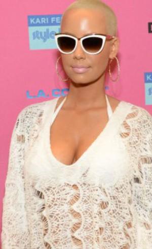 Mantan Kim Kardashian dan Kanye West Saling Menggoda Saat Party Bersama