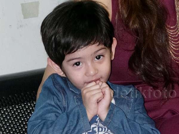 Putra Fairuz A Rafiq, Kecil-kecil Sudah Ganteng!