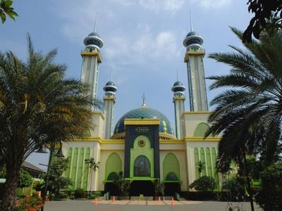 Bekasi Punya Masjid Megah dari Abad ke-19