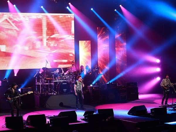 God Bless Tetap Nge-rock Lewat Konser 'Panggung Sandiwara'