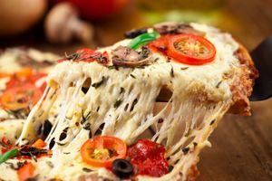 Untuk Pesan Layan Antar Online, Orang Amerika Lebih Suka Pilih Makanan Tinggi Kalori