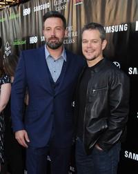 Di penampilan perdana pasca diisukan menjalin hubungan dengan Christine Ouzounian yang menjadi pengasuh anak-anaknya, Ben juga ikut bergabung bersama aktor Matt Damon. Angela Weiss/Getty Images/detikFoto.