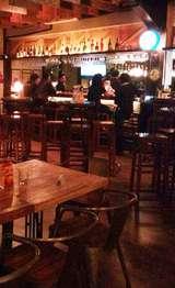 Makan dengan Nuansa Bengkel di Yesterday Lounge, Cilandak