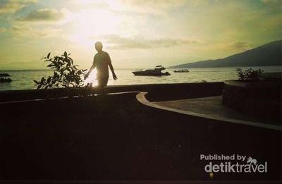 Anak Gaul Ternate, Wajib ke Pantai Falajawa