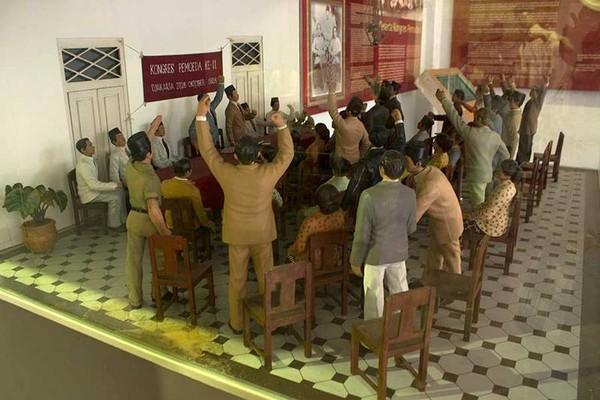 Diorama versi mini yang menampilkan ilustrasi Kongres Pemuda II. Di lokasi yang sama, dahulu memang menjadi tempat dilakukannya kongres (Randy/detikTravel)