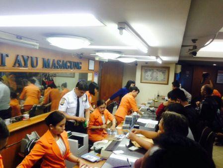 Money Changer PT Ayu Masagung di Kwitang, Jakarta Pusat, ramai dikunjungi penukar uang (Foto: Zulfi/detiFinance)