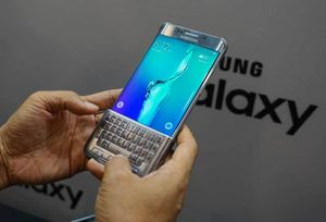 Samsung Pastikan Keyboard ala BlackBerry di Galaxy S6