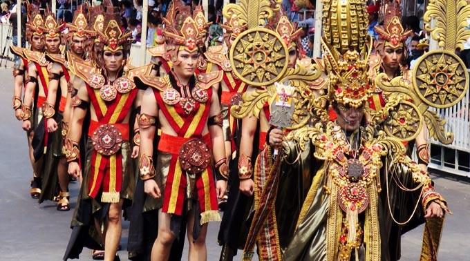 Kostum-kostum Unik di Jember Fashion Carnaval