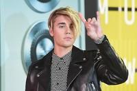 Justin kembali dengan gaya rambut polem. Jason Merritt/Getty Images/detikFoto.