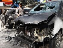 Dua Mobil Terbakar di SPBU Gatot Subroto