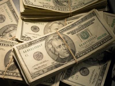 Cara Mengatur Keuangan Saat Sedang Traveling