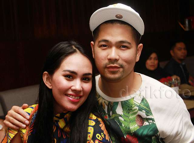 Kartika Putri dan Erick Iskandar Makin Lengket Aja