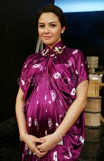 Perut Hamil 5 Bulan Revalina S Temat