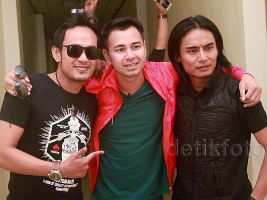 Raffi Ahmad Ternyata Fans Setia Band