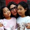 Vitalia Sesha dan 2 Putri Kesayangannya
