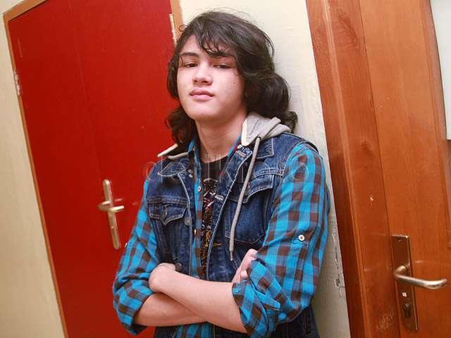 Rambut Acak-acakan, Shawn Adrian Tetap Ganteng