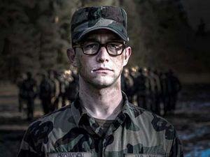 Snowden: Umur 22 Masuk CIA, 7 Tahun Kemudian Jadi Buronan AS